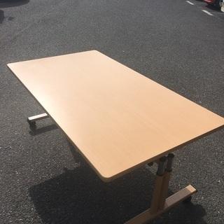 折り畳みテーブル① サイズ約160×90×80cm