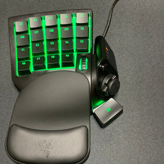 Razer TARTARUS V2 ゲーミング片手キーボード