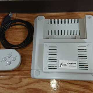 レトロフリーク (レトロゲーム互換機)   11機種対応 中古良品