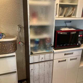 あげます!カップボード スリムボード 食器棚