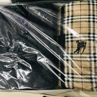 〈〉新品!BURBERRY バーバリー 羽毛布団 毛布セット  ...