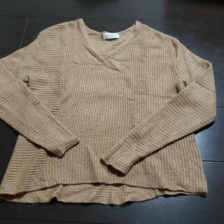 テチチのアンゴラニット Vネックデザインセーター