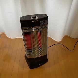 遠赤外線暖房機セラムヒート DAIKIN