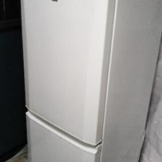 高年式(2017年製)TOSHIBA3ドア冷凍冷蔵庫GR-M36S