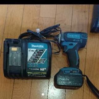 マキタ インパクトドライバー TD149D 18V バッテリー充...