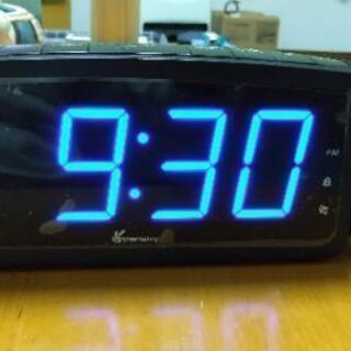 FMラジオ付置き時計