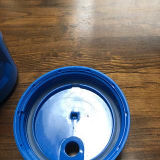 アンダーアーマー サーモスの水筒