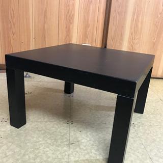 黒い1人用テーブル