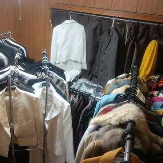 女子古着 在庫一掃セール 1着2千円 5着以上で全部150…