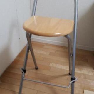 カウンター用椅子2個