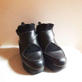 ☆レザー×ヌバック・フロントゴア・ブーツ・ブラックの画像