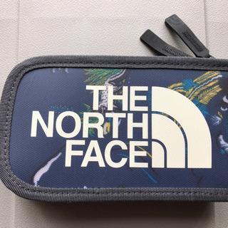 【THE NORTH FACE】デジカメケース