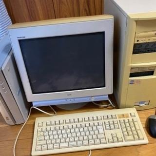 パソコン一式差し上げます(パソコンデスク)