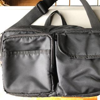 【決まりました】シンプルなショルダーバッグ