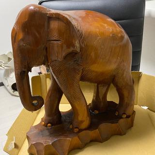 象の木彫り