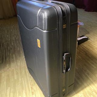 サムソナイトの中型スーツケース