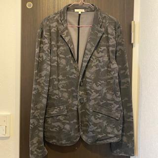 迷彩ジャケットの画像