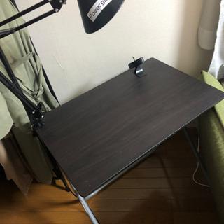 簡易テーブル(折り畳み)譲ります。