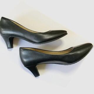 【仕入れすぎました】転売などにどうぞ。黒色パンプス ベージュパンプス 個人も可 - 靴/バッグ