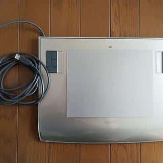ワコム ペンタブレット intuos3 PTZ-630 本体のみ