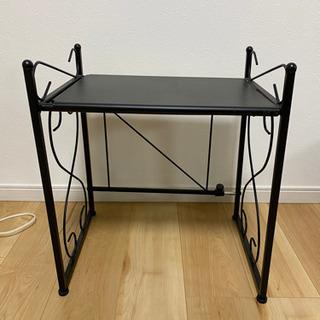 拡張可能な鉄製テーブル