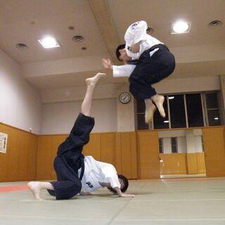 【武道初心者歓迎】躰道というアクロバティックな武道を始めてみませんか。
