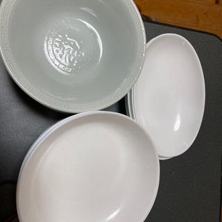 【無料】どんぶりとお皿