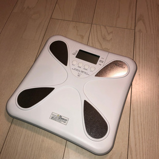 体重計TANITA