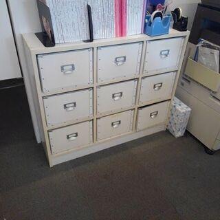 【売約済み】白棚 BOX付 9マス 外寸 横109cm 奥30cm 高90cmの画像