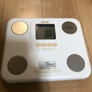 タニタ体重計 BC751