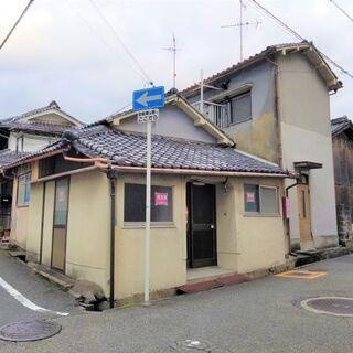 富田林市本町の倉庫