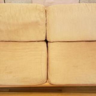 木製ソファー三人掛け 11/10までの引き取り希望