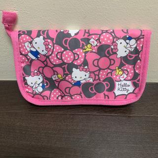 【未使用品】😸Hello Kitty 😸マルチケース 350円