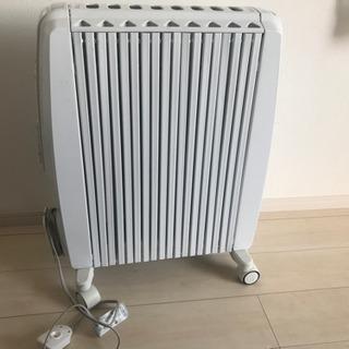 【ネット決済・配送可】デロンギ オイルヒーター