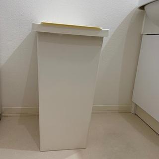 ハロウィンまで申請で、特別価格★IKEA★蓋付きゴミ箱42L フ...