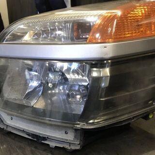 トヨタ ヴォクシー・ノア AZR60 左ヘッドライト ジャンク品