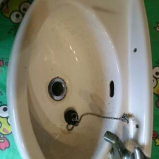 壁掛洗面器の画像