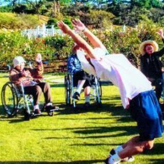 元競輪選手が指導する高齢者向け脚力体操
