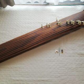 お琴(中古)13弦*琴柱・カバー付き 箏 和楽器(再投稿)