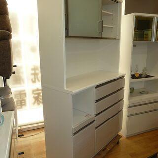 値下げしましたk32☆ニトリ☆高級食器棚・レンジボード☆ブルモーション機能+モイス板付☆2020年製☆展示品☆近隣配達、設置可能 - 売ります・あげます