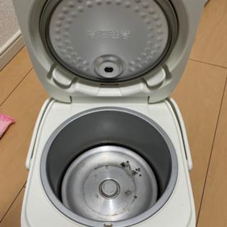 TOSHIBA 炊飯器3合