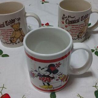 【売ります】マグカップ・3点セット♪   ●Disney/ミニー...