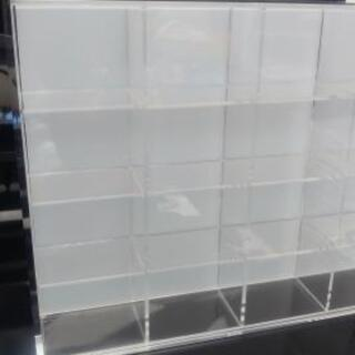 無印良品 MUJI 後ろが透けないアクリルコレクションボックス