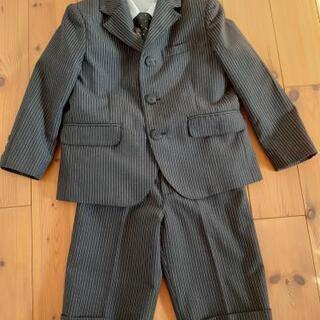 子供用のスーツ