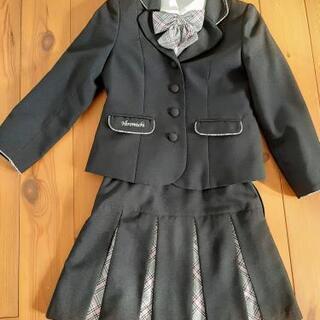 子供用のセレモニースーツ