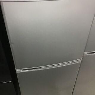 ✨🔔特別SALE商品🔔✨137L 冷蔵庫 AQUA AQR-14...