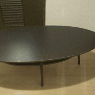 だ円のテーブル
