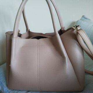 ピンクの鞄 - 福島市