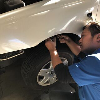 自動車の板金塗装/整備車検