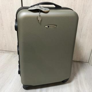 未使用 デルセー スーツケースの画像